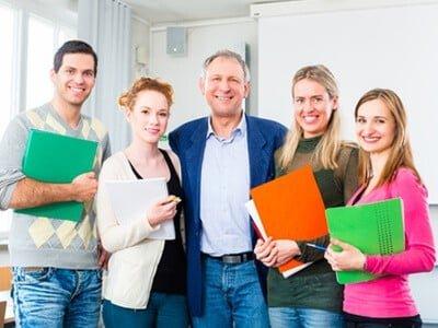 studie-je-praktischer-die-forschung-desto-eher-wird-gegruendet