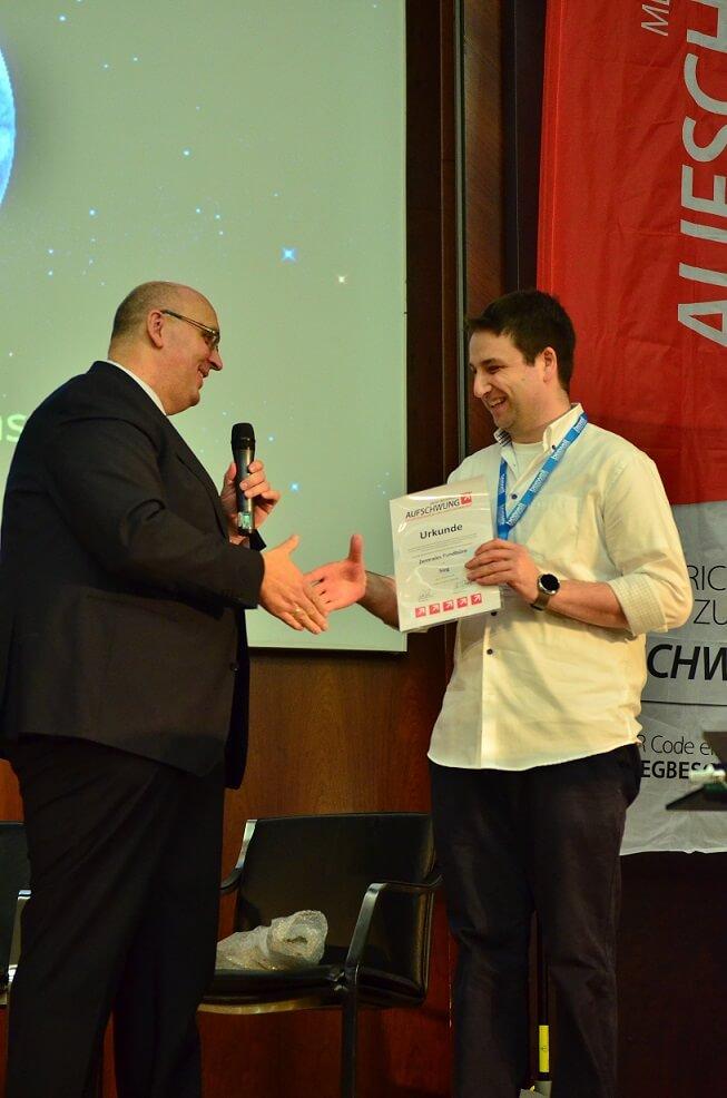 Das Zentrale Fundbüro von Markus Schaarschmidt ist als Gewinner ausgezeichnet worden. Er sorgt für Kurioses: nicht nur, weil sein Konzept online zugreifbar ist, sondern auch weil er PRO7 absagt.