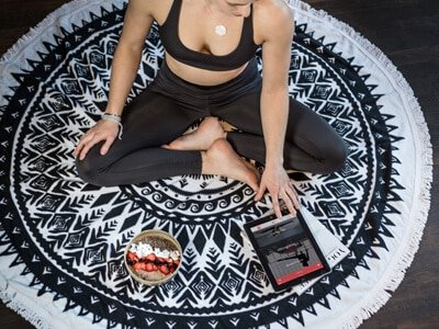 gruenderstory-asana-rebel-yoga