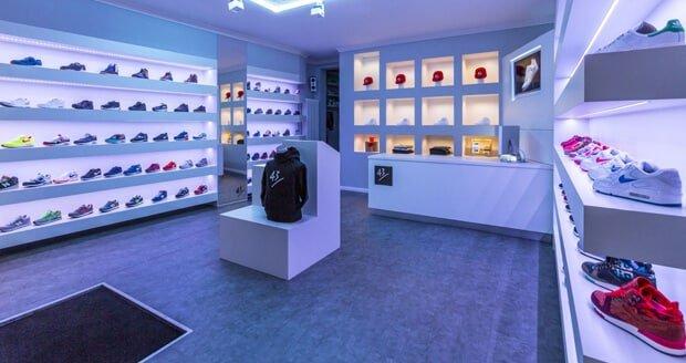 43einhalb-sneaker-store2