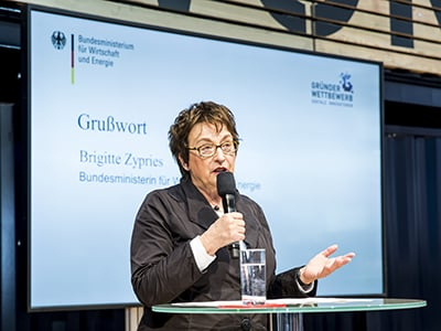 Brigitte-Zypries_Gruenderwettbewerb-Digitale-Innovationen_cebit-startups