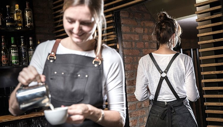 gruenderstory-gusswerk-startup-berlin-schuerzen-titel