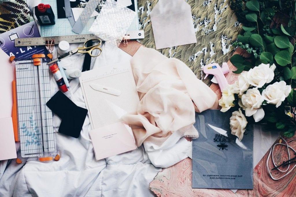 Textfeld: Die kreative Komponente der Modebranche zieht hoffungsvolle Talente magisch an.